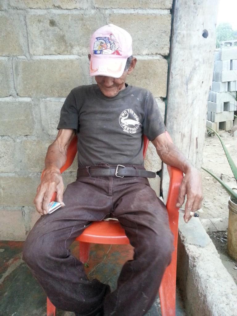Working Senior José Díaz