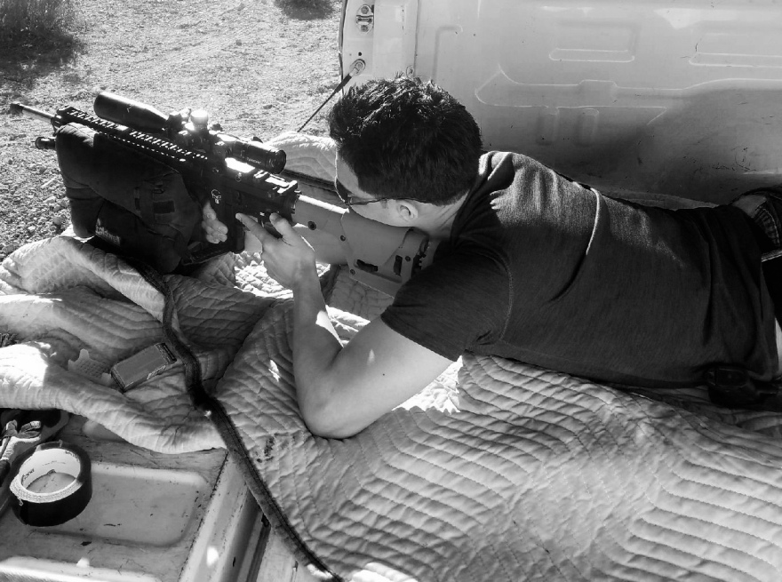 Veterano Air Force con Rifle